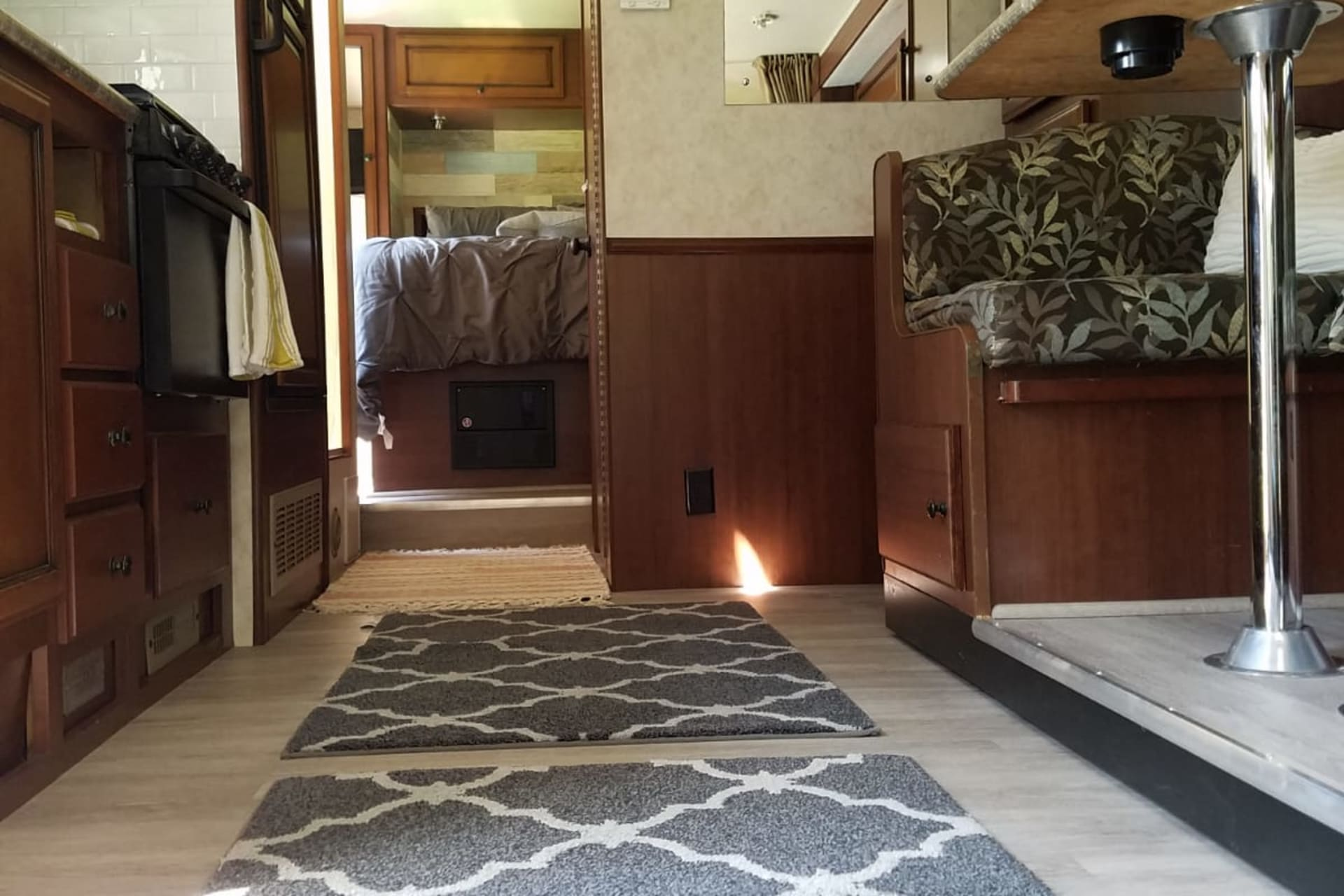 2012 Fleetwood RV Jamboree Sport 28Y