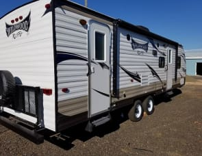 Wildwood 262BHXL (One Queen & 2 Full size double bunks)