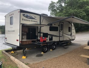 Coachmen Freedom Express 248RBS