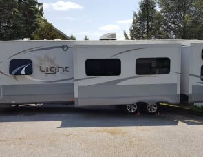 Open Range RV Light LT308BHS