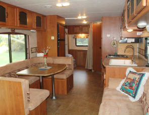 Coachmen RV Freedom Express 300BHS