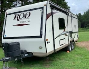 Forest River RV Rockwood Roo 233S
