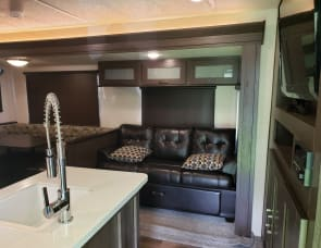 Forest River RV Wildwood 31KQBTS