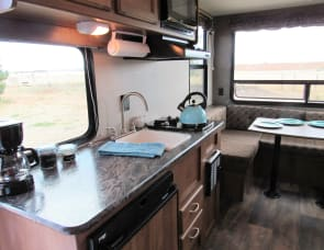 Keystone RV Summerland Mini 1750RD