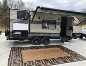 Forest River RV Wildwood X-Lite 19DBXL