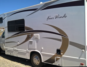 Thor Motor Coach Four Winds 22E