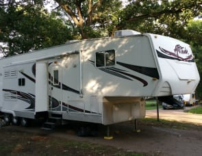 Eclipse Attitude 5th wheel