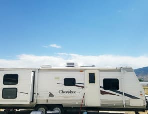 Cherokee lite by Forest River