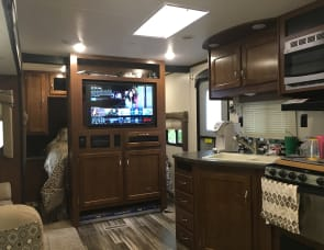 Jayco 32 TSBH (Triple Slide Bunk House)