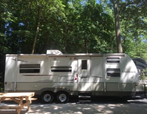 Keystone Outback 26KBRS Towable Travel Trailer/queen + 2 bunks