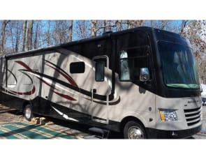 Coachmen RV Mirada 35KB