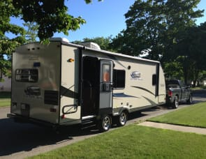 Coachmen RV Freedom Express 246RKS
