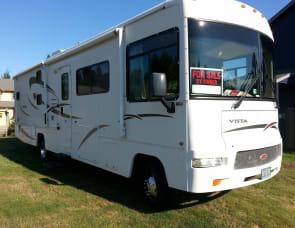 Winnebago Vista 32K
