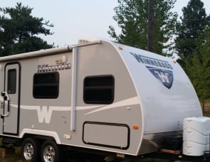 Winnebago Industries Towables Minnie 1801 FB