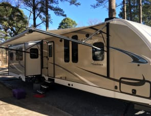 Coachmen RV Freedom Express Ultra Lite 323BHDS