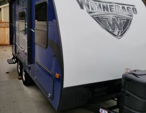 Winnebago - Micro Minnie 1706FB
