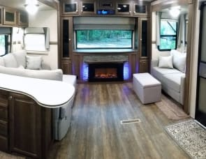 Forest River RV Rockwood Signature Ultra Lite 8324BS
