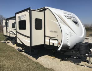 Coachmen RV Freedom Express Liberty Edition 321FEDS