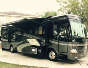 Fleetwood RV Discovery 39R