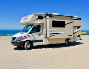 Mercedes Benz Turbo Diesel Coachmen Prism-  Enjoy 19 MPG!  RV 4
