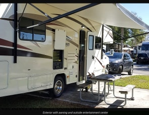Coachmen Forest River Freelander - HPa79