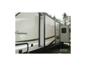 coachman Liberty Express  322RLDS