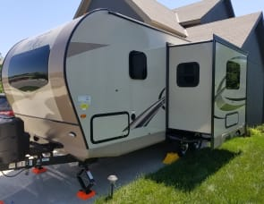 Forest River RV Rockwood Mini Lite 2104S