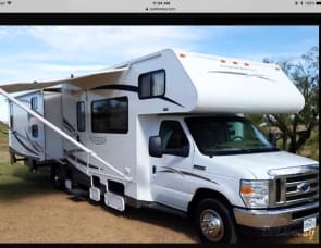 Winnebago with Bunkhouse