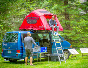 Volkswagen Westfalia with roof top tent