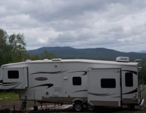 Keystone RV Mountaineer 336RLT