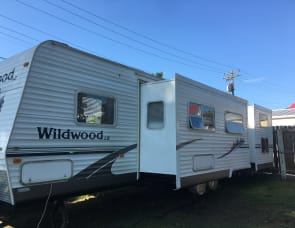Forest River RV Wildwood LE WDT30BHBS
