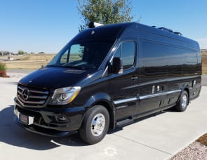 Mercedes Airstream