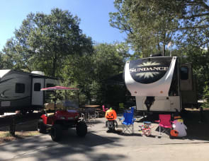 DISNEY FAMILY TRIP Set-Up!!! Loaded w/ Towels, Sheets, & Blankets