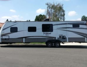 Wildcat Maxx DELIVERED FULLY STOCKED Sleeps 8