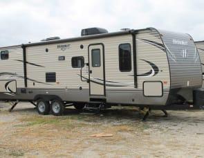 Keystone Hideout 29BKS with double rear bunks