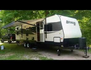 Prime Time RV Avenger 28DBS