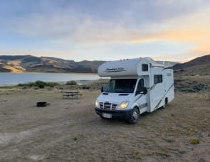 Four Winds RV Four Winds 23S