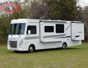 Winnebago Intent 30R