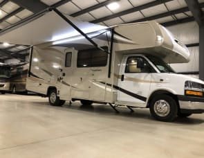 Coachmen RV Leprechaun 260DS Chevy 4500