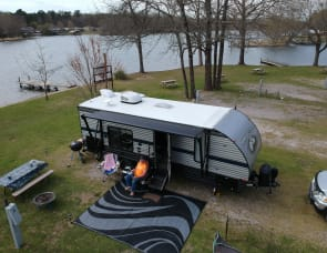 Forest River RV Cherokee Grey Wolf 24JS