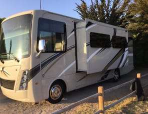 Thor Motor Coach Thor Freedom Traveler A27