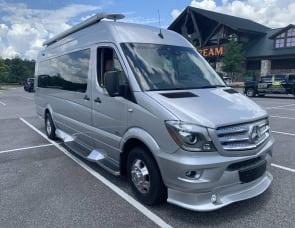 Midwest Automotive Designs Mercedes-Benz 3500