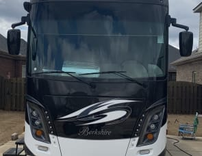 Forest River RV Berkshire 39A
