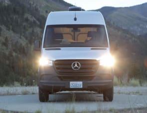 Off the Map Vans Mercedes-Benz Sprinter Sprinter