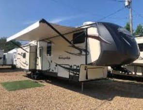 Forest River RV Wildwood Heritage Glen 368RLBHK
