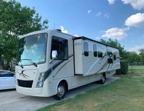 Thor Motor Coach Freedom Traveler A32