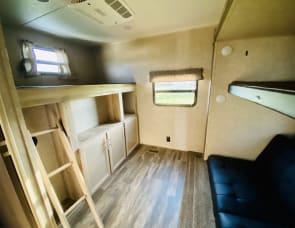 Coachmen RV Catalina Legacy 323BHDSCK
