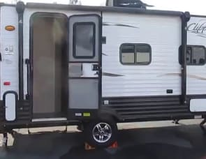 Coachmen RV Clipper Ultra-Lite 16RBD