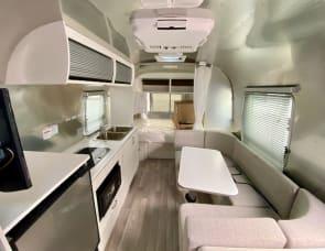 Airstream RV Bambi 22FB