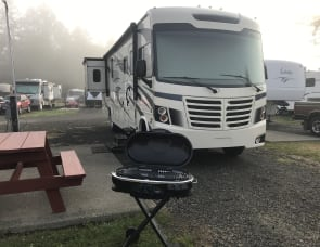 Forest River RV FR3 33DS